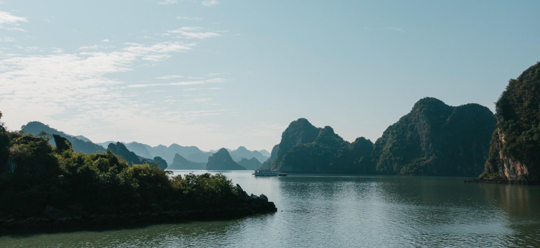 Vietnam Halong Bay Bucht Bootfahrt