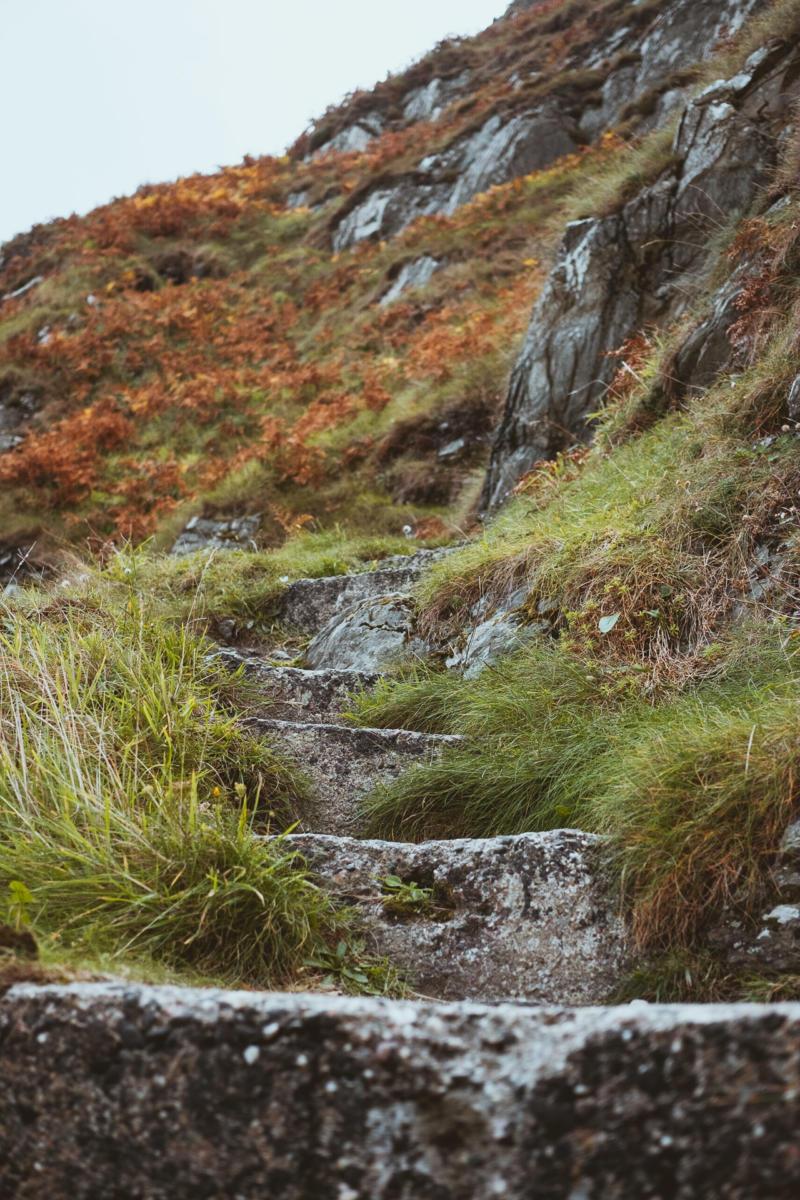 Treppen in den Felsen